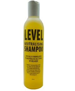 Level Neutralising Shampoo